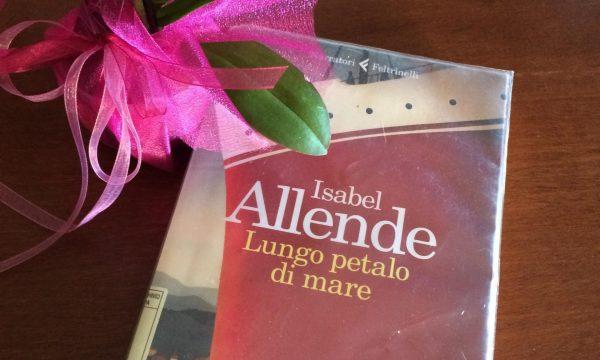 Lungo petalo di mare – Isabelle Allende